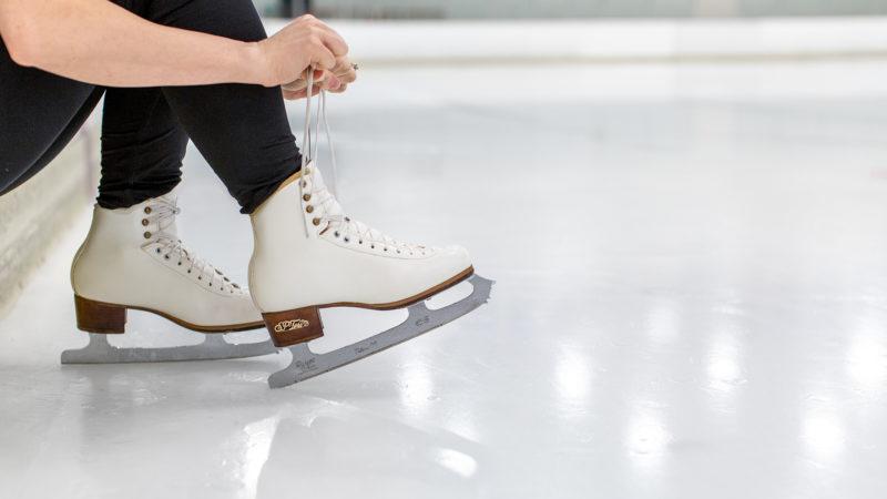 SP-Teri-Skater-Tying-Laces